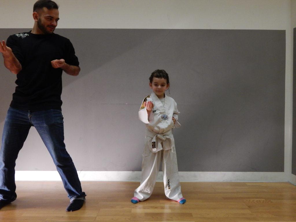 Familie beim trainieren