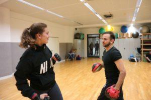 Kickboxen Pratzentraining Frauen WingWarrior