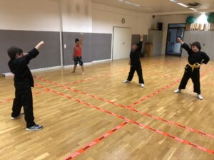 Kinder werden zu Trainern ausgebildet