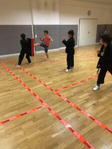 Kinder werden zu Juniorinstructoren ausgebildet